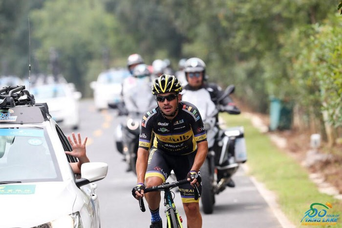El ciclista d'Almussafes, Eric Valiente, sèptim en el 'Tour of Poyang Lake' de la Xina