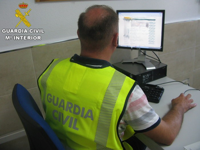 Detinguts per estafar a més de cinquanta persones amb lloguers falsos a Cullera