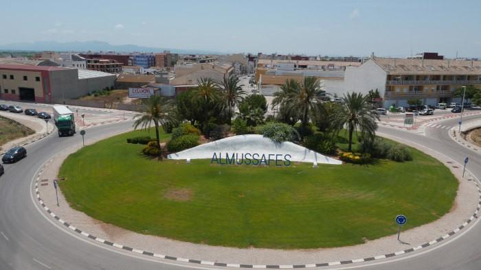 L'Ajuntament d'Almussafes aposta i contracta energia elèctrica 100% renovable