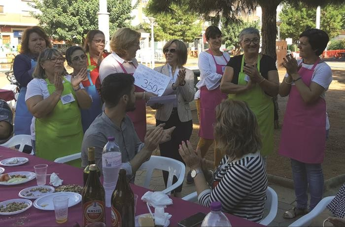 Tyrius Almussafes organitza un esmorzar solidari amb l'alzheimer