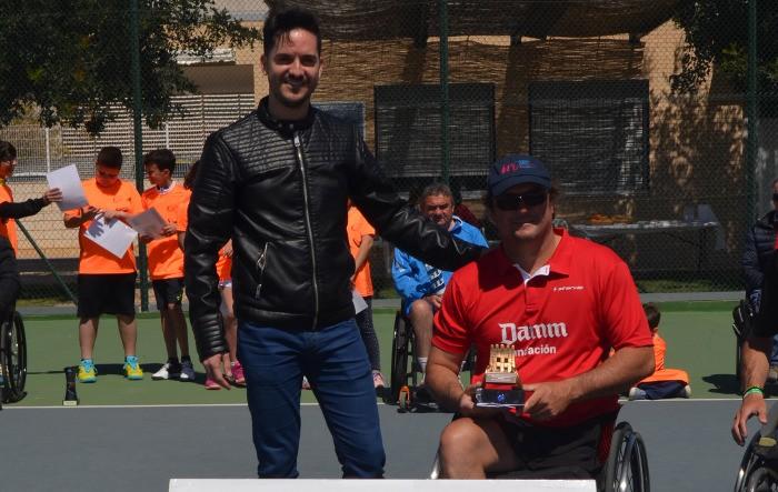 L'andalús Arturo Montes, campió de simples en l'Open de Tennis en Cadira de Rodes d'Almussafes