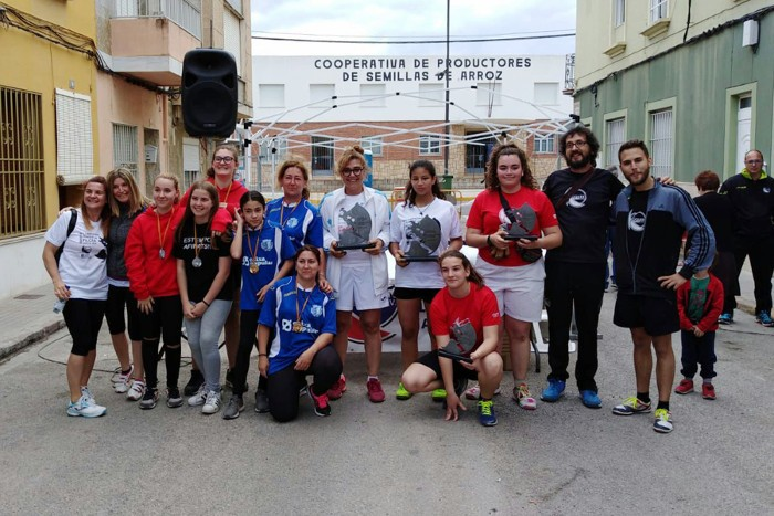 El CPV Oliva guanya el trofeu de raspall del Campionat Femení de Pilota de Sueca