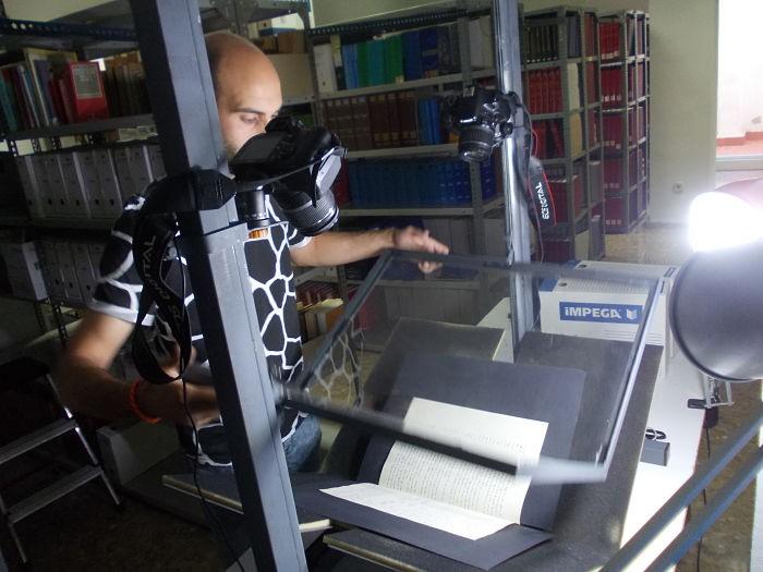 Almussafes digitalitza documents del segle XVIII entregats pel metge José Bosch Marí
