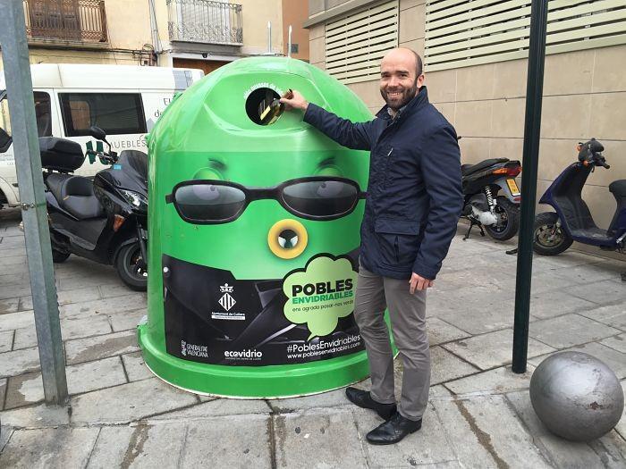 Cullera, Generalitat i Ecovidrio llancen una campanya per incrementar el reciclatge de vidre en l'hivern