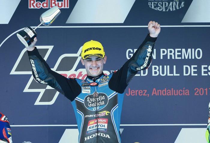El pilot de Corbera Arón Canet guanya a Jerez el seu primer Gran Premi