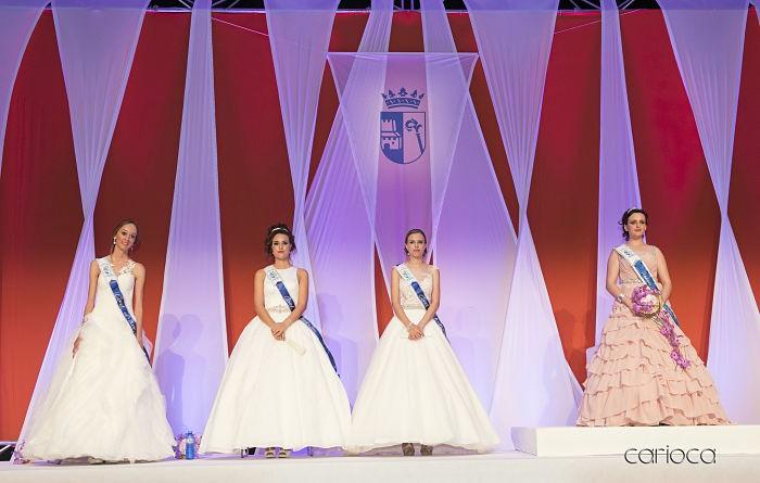 María Gil Soldevilla ja és oficialment la Reina de les Festes d'Almussafes
