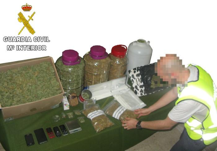 Detinguts a Almussafes i Cullera per la seua implicació en delictes de tràfic de drogues