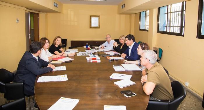 Empreses de Cullera treballen per aconseguir un distintiu estatal de qualitat turística