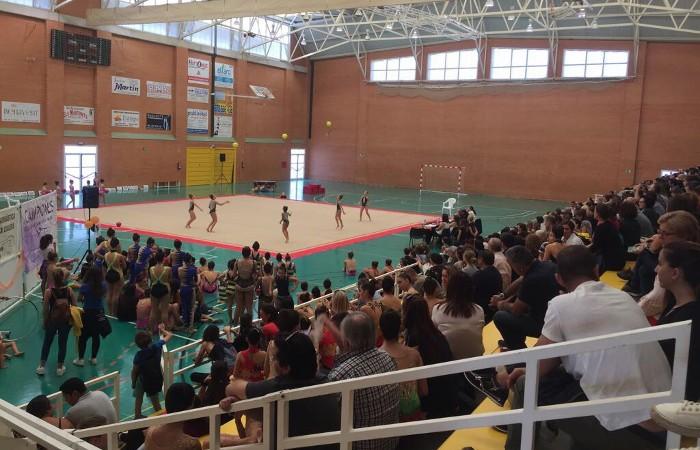Les joves promeses de la gimnàstica rítmica busquen una oportunitat a Cullera