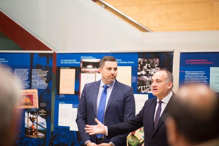 El delegat del Consell per a la UE posa a Cullera com a exemple d'integració europea
