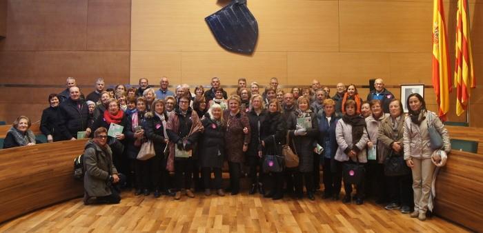Cinquanta-dos jubilats d'Almussafes visiten la Diputació de València