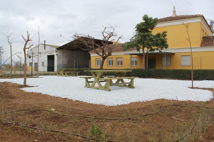 L'Ajuntament d'Almussafes obri al públic un nou jardí urbà