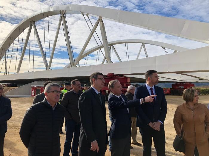 Foment inicia la col·locació del viaducte sobre el Xúquer inclòs en la variant Cullera – Favara