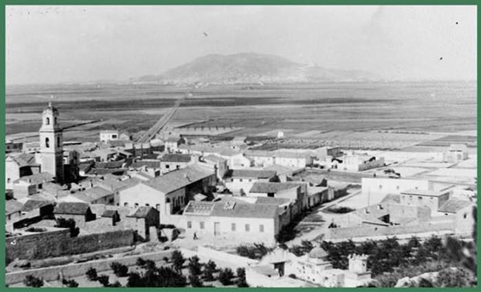 La història d'un poble a través del llibre 'Favara, abans i ara'
