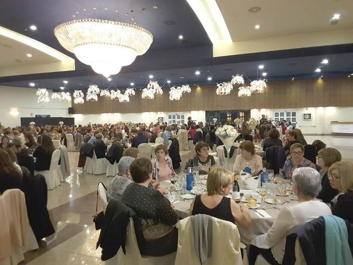 Almussafes conclou la Setmana per la Igualtat amb un multitudinari sopar