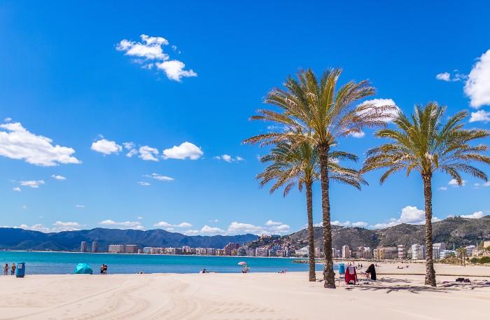Cullera revalida les seues sis banderes blaves i se situa tercera del territori valencià
