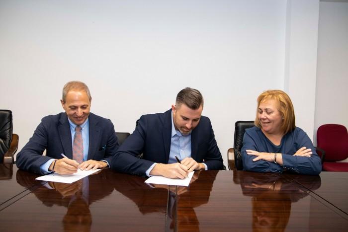 Ajuntament i immobiliàries de Cullera s'alien per a promoure l'excel·lència en el sector