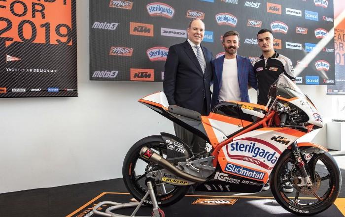 El Moto Club Cullera fitxa els pilots Vicente Pérez i Aron Canet