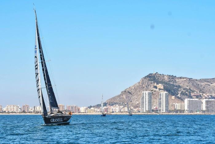 El veler 'Cafés Granell' guanya la regata Riu Xúquer de Cullera
