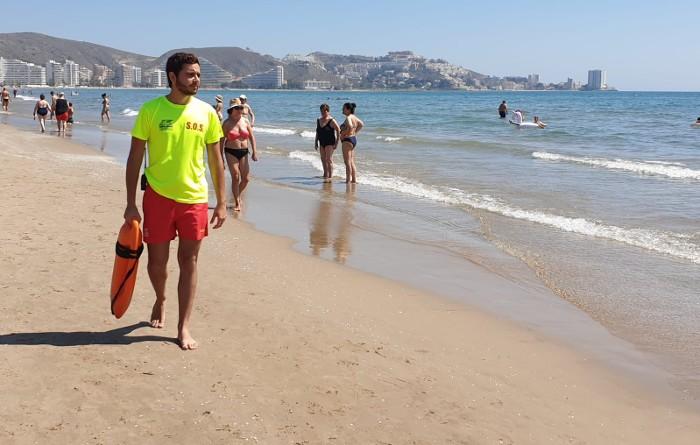 L'Ajuntament de Cullera amplia una hora el servei de socorrisme de les platges