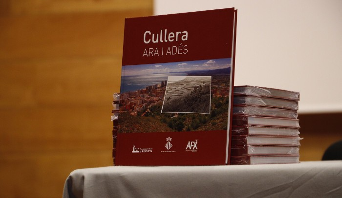 'Cullera, ara i adés', una reflexió fotogràfica sobre l'evolució del municipi